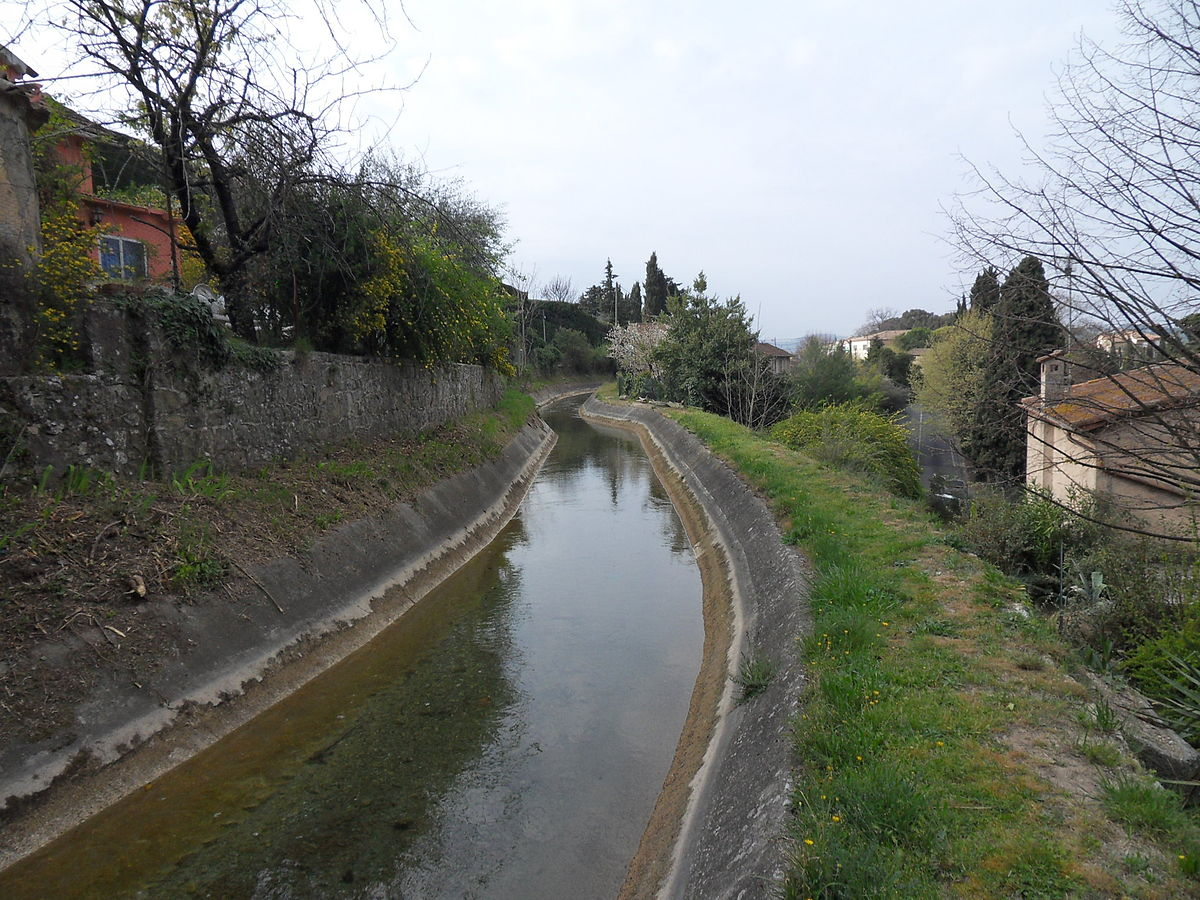 1200px-Canal_de_la_Siagne_07